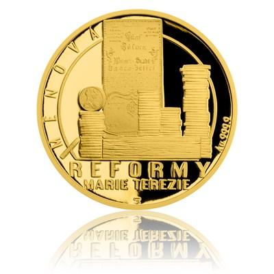 Mince s ražbou symbolizující měnovou reformu.