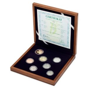 Sada oběžných mincí 2018 proof v dřevěné etui