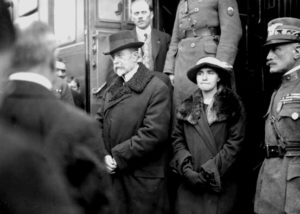 Tomáš Garrigue Masaryk při návratu z exilu